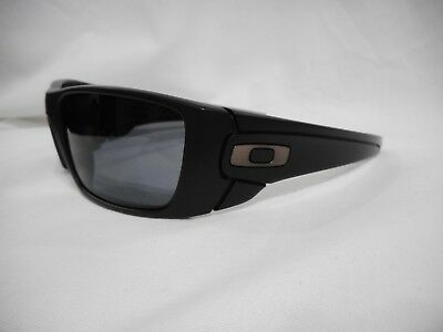 Oakley Fuel Cell Polarized >> Brand New 100 Authentic Oakley Fuel Cell Polarized Sunglasses 9096 05 Ebay