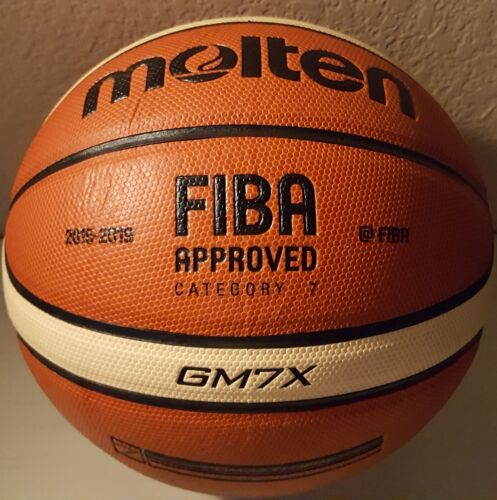 Composite Leather FIBA Approved Size 7-29.5 in Molten GM7X Basketball BGM7X
