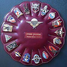 Coupole d'insignes parachutistes