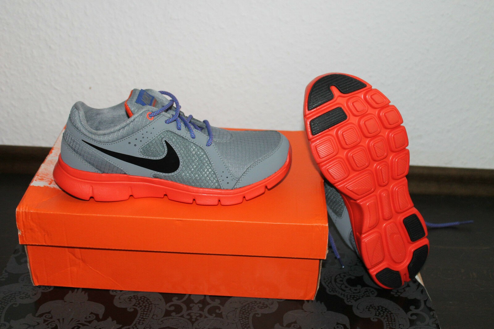 Nike Flex Damen Damen Damen Running  Lauf Schuhe Grau Orange Größe 38 oder 38 5 Neu ae0019