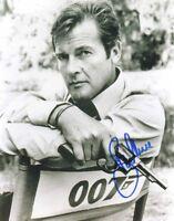 2 Photos 007 James Bond 8x10 Pictures Roger Moore Autograph Hand Signed Preprint