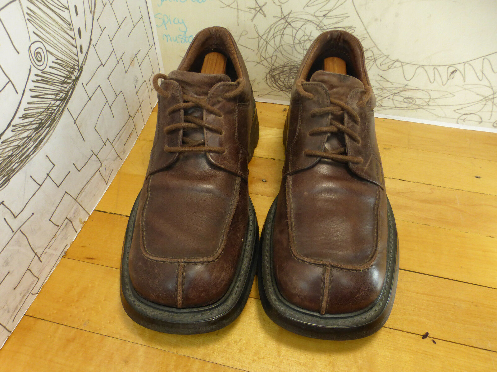 Kenneth Cole Reaction Brown Leather Oxfords Men's 9 Made in Romania