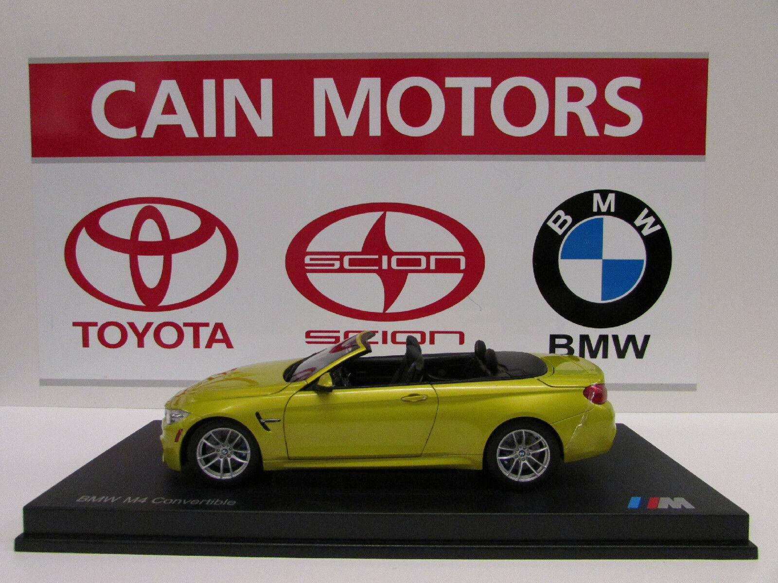 BMW M4 Kongrönible F84 Austin gul Metallic 1  18 Factory BMW tärningskast
