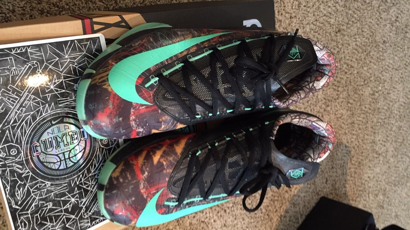Kevin Durant Nike Size 12 RARE  NOLA GUMBO  LEAUGE  shoes
