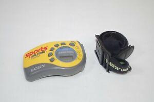 Sony-Walkman-Sports-AM-FM-Radio-SRF-M78-Headphones-MDR-W14-Tested