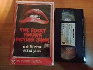 039-THE-ROCKY-HORROR-PICTURE-SHOW-039-VHS-A-RARE-ONE-CBS-FOX-CLAMSHELL-CULT-CLASSIC