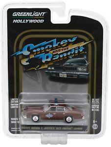 1-64-GreenLight-HOLLYWOOD-R18-SMOKEY-amp-THE-BANDIT-Buford-T-Justice-1977-Pontiac