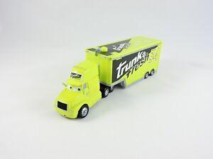 Trunk-Fresh-Hauler-9-WORLD-OF-CARS-Disney-Pixar-truck-amp-trailer-Race-O-Rama-34