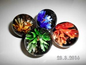 D357100 blau 4 Murmeln Flower // Blume ca rot Glaskugel gelb grün 35mm