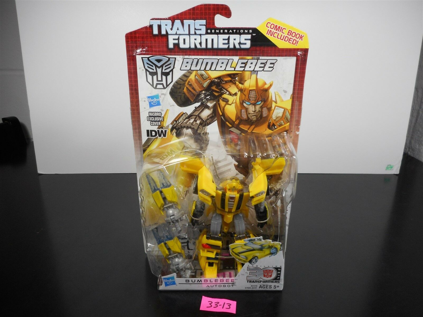 NEW & SEALED  TRANSFORMERS GENERATIONS IDW BUMBLEBEE 30TH ANNIVERSARY COMIC 3313