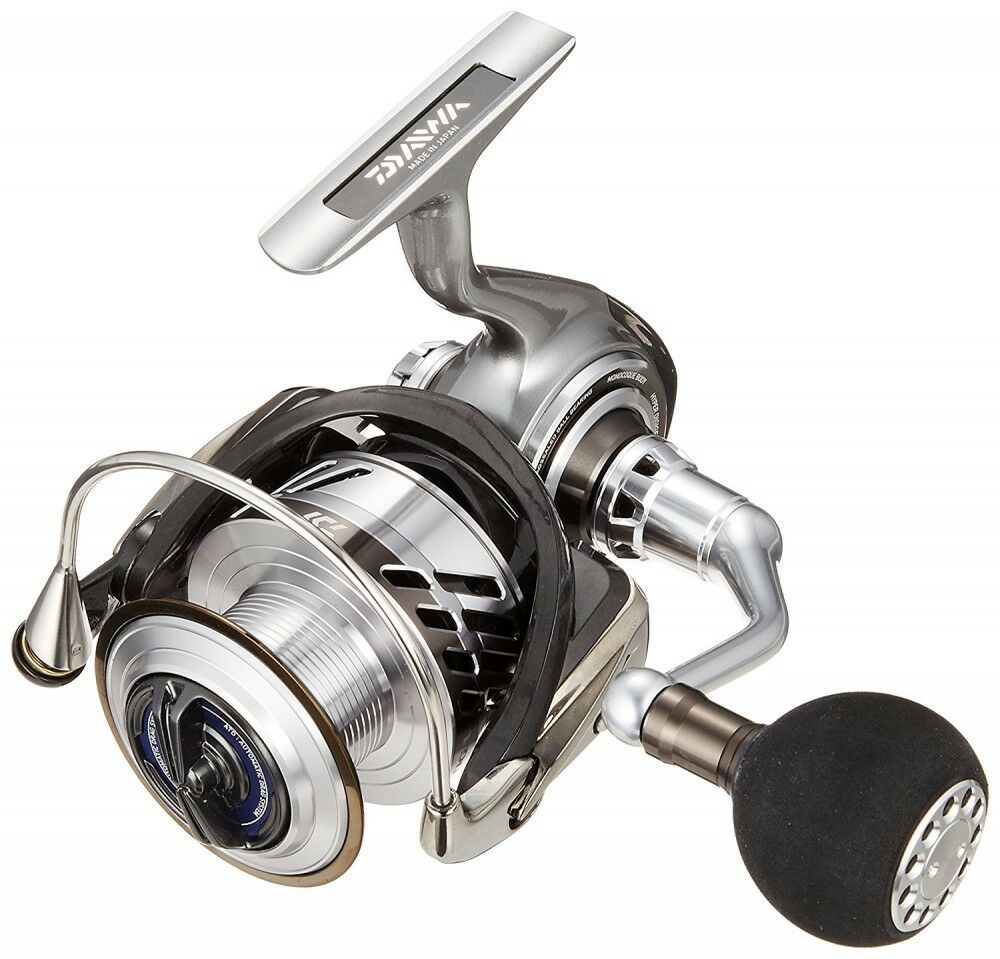 Daiwa Spinning Reel 17 SALTIGA BJ Spinning Model 4000 SH For Fishing From Japan