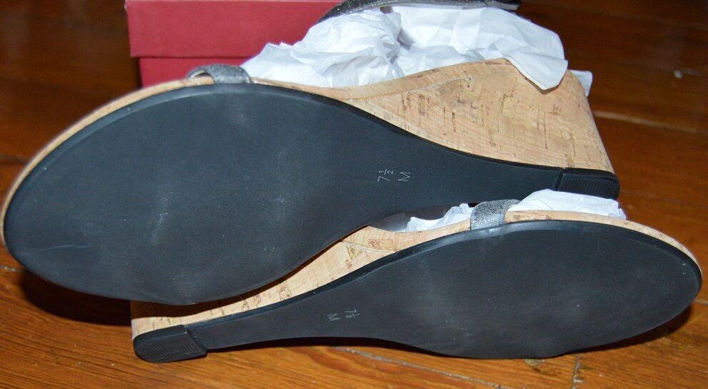 Nuevo En Caja vaneli Marion T-Strap Cuña Vestido Sandalias Peltre 8,5 Cipria 120  6 y 7,5 y 8,5 Peltre 18c455