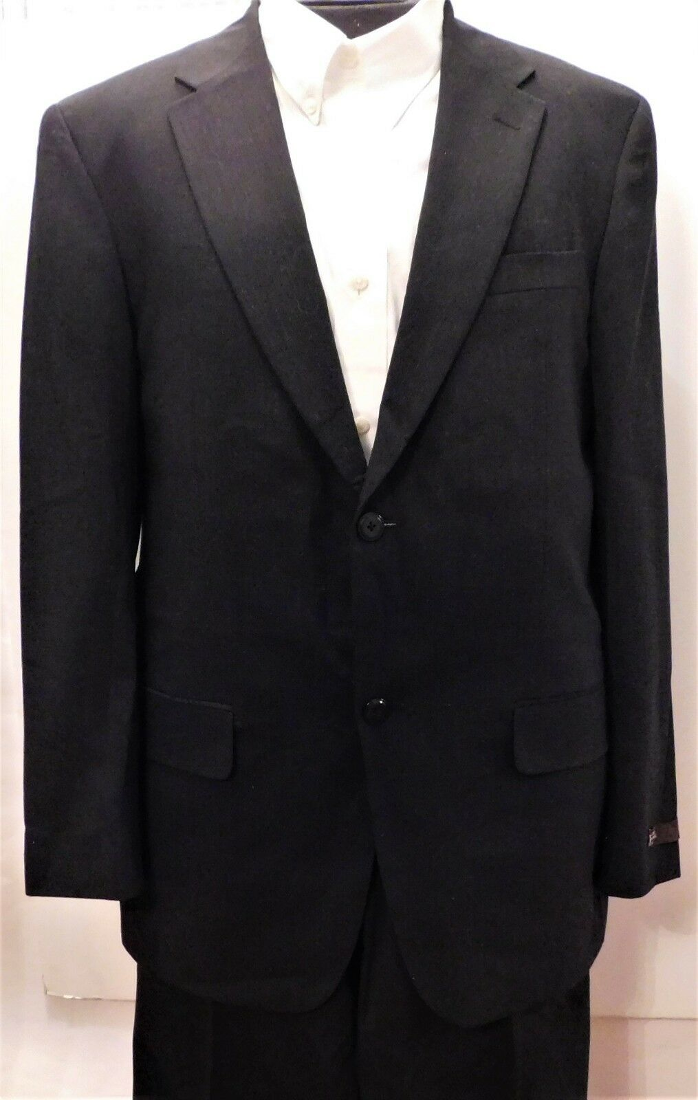 NWT Louis Raphael Luxe Charcoal 42-Long 2 Button Suit,100% Worsted Wool (ST-112)