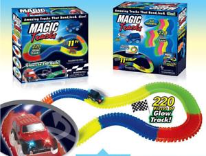 MAGIC TRACKS 220PCS Rennbahn leuchtet im Dunkeln RACE CAR Bend Flex Glühen TV
