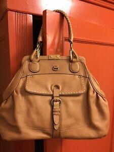 staat Color goede Ellen Tracy Camel Leather SatchelReconditionedZeer gf76YvIbym