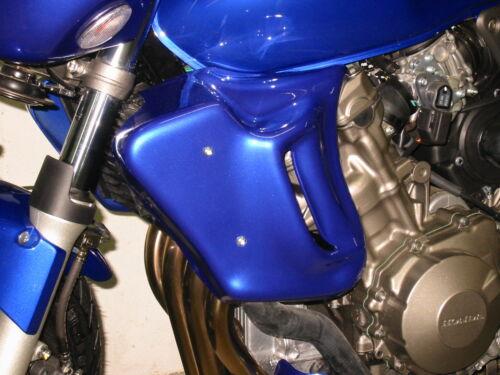HORNET 600 HONDA  paire d'écopes radiateur a peindre  (ref m101)