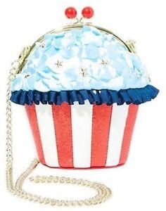 NWT-Betsey-Johnson-Baked-in-the-USA-Cupcake-Crossbody-Purse-Bag