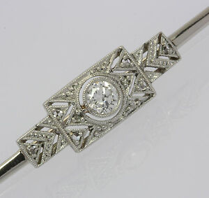 Art-Deco-Brosche-in-aus-14-kt-585-Weiss-Gold-mit-Brillant-Brilliant-Diamanten