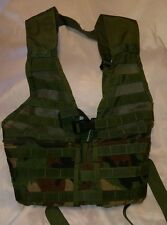 US MILITARY ISSUE FIGHTING LOAD CARRIER VEST MOLLE II WOODLAND CAMO