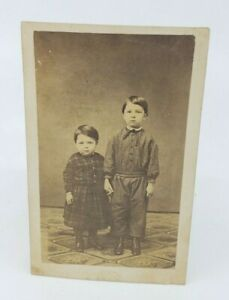 Antique-Victorian-photograph-Kids-Children-Two-little-Siblings-Cute