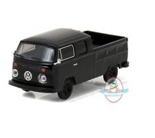 1:64 Black Bandit Series 17 1976 Volkswagen Type 2 Greenlight