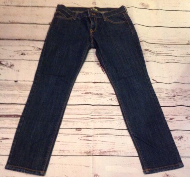 75b6e2fdab5 Old Navy Women s The Diva Skinny Dark Wash Jeans Size 2 Short Pre-owned