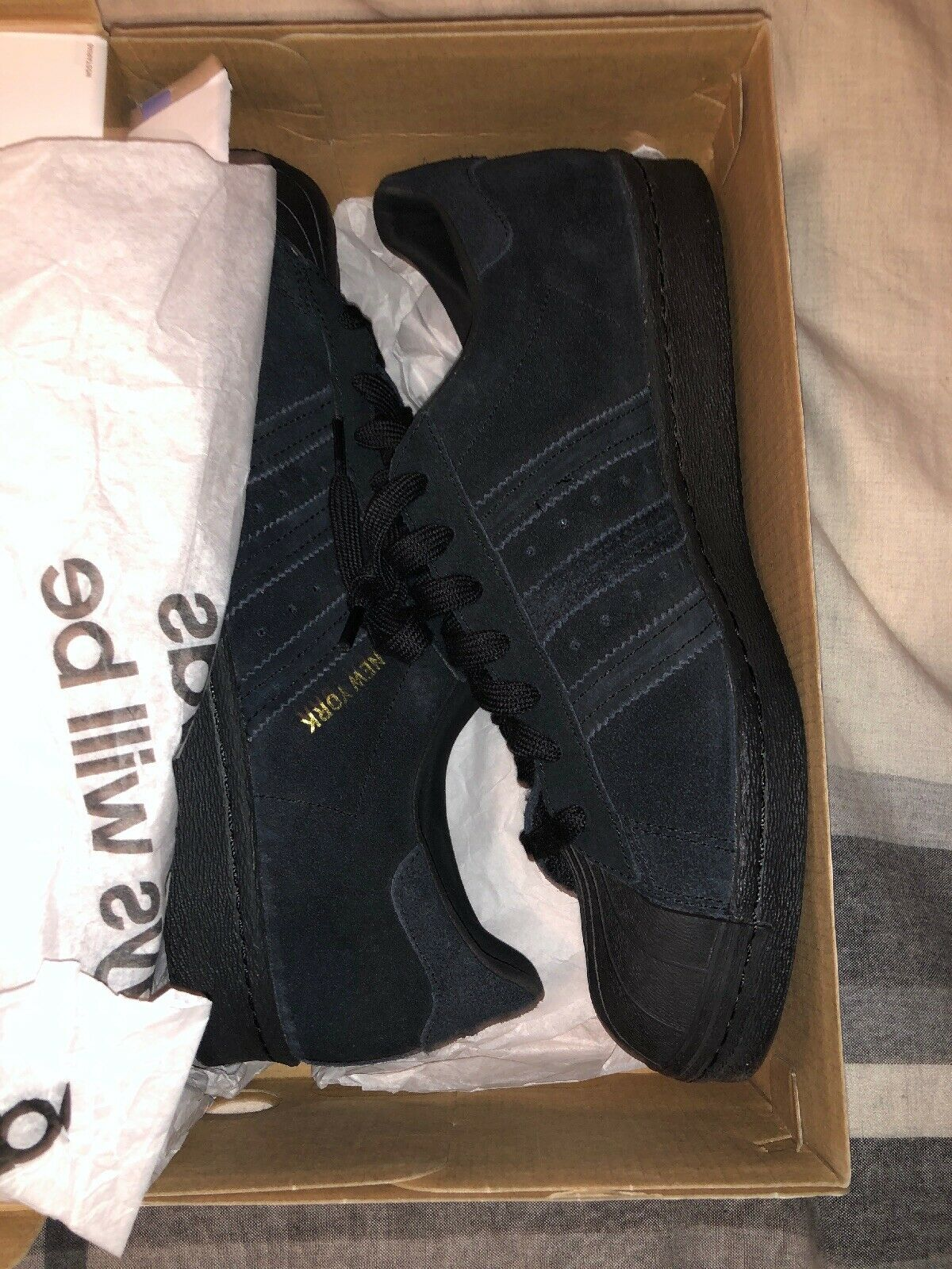 lowest price 7fdc5 a4198 Adidas Shell Toe New York York York Black Suede Preowned 9.5 79eb1b