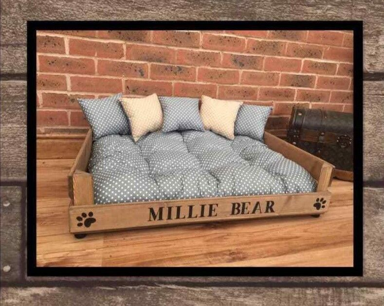PERSONALISED PET BED AND CUSHIONS GREY SPOT BED + 3 & 2 TAN SPOT CUSHIONS