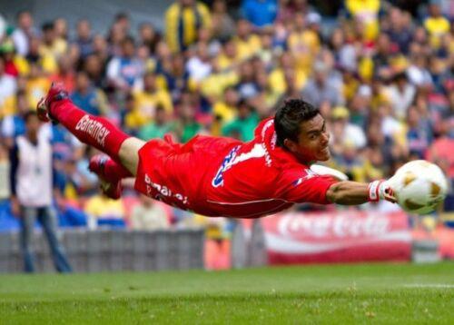 Goalkeeper New RINAT UNO PREMIER LUX SPINE SOCCER GLOVE Size 9 Futbol