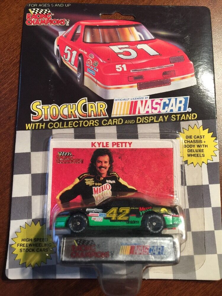 Racing Champions  Kyle Petty Mello Yello w Card & Display Stand 1 64th 1991