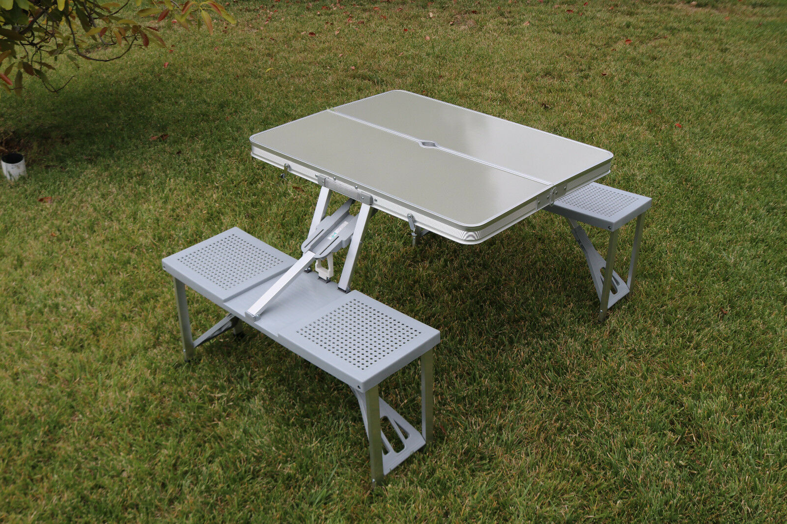 Picnic Time Folding Aluminum Table w Formica Top for Beach or Camping 801-00-133