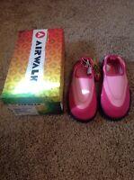 Airwalk Splash N Go Size 1 Pink