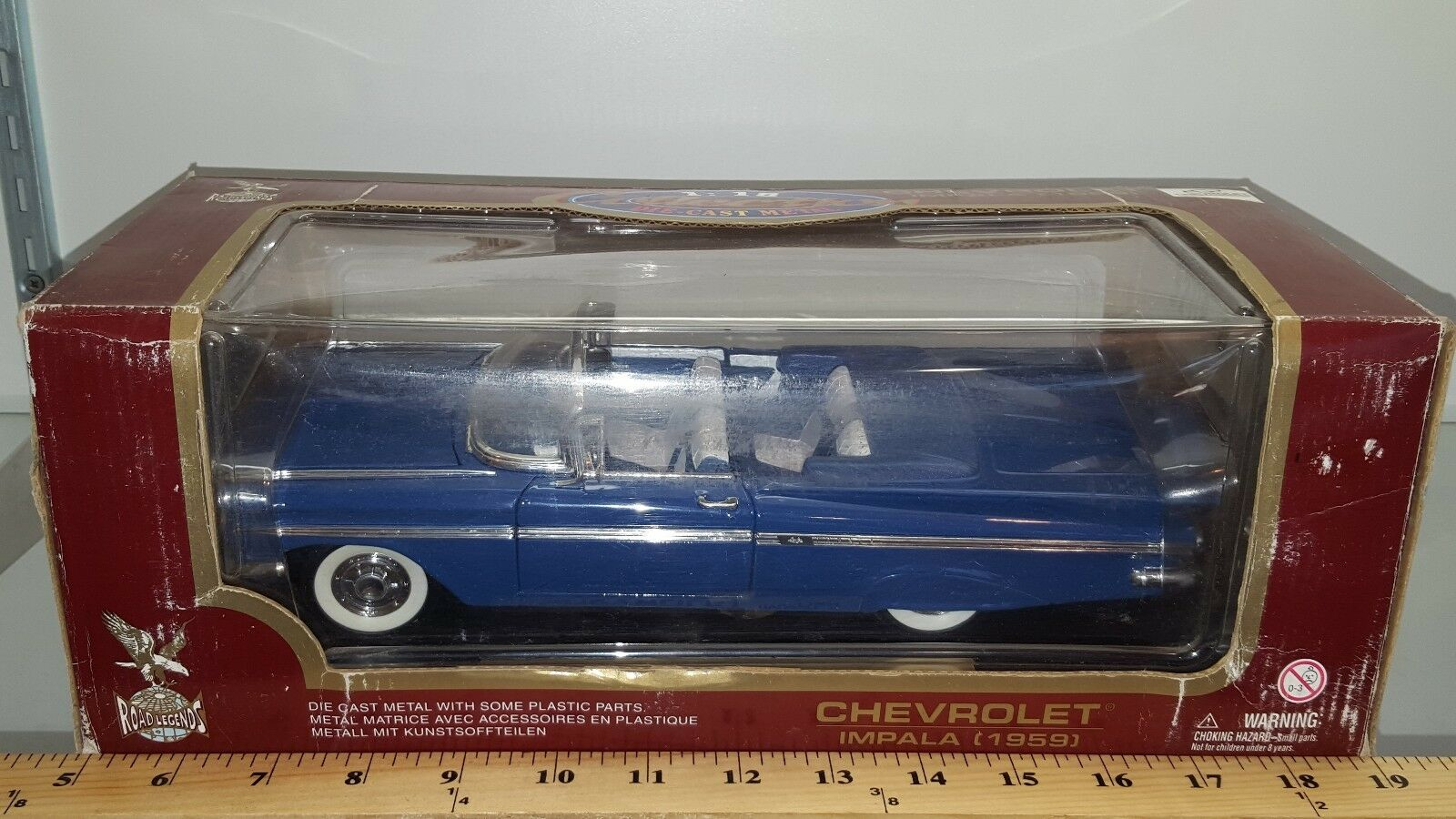 1 18 YATMING ROAD ROAD ROAD LEGENDS 1959 CHEVROLET IMPALA CONgreenIBLE PERIWINKLE gd 45635e