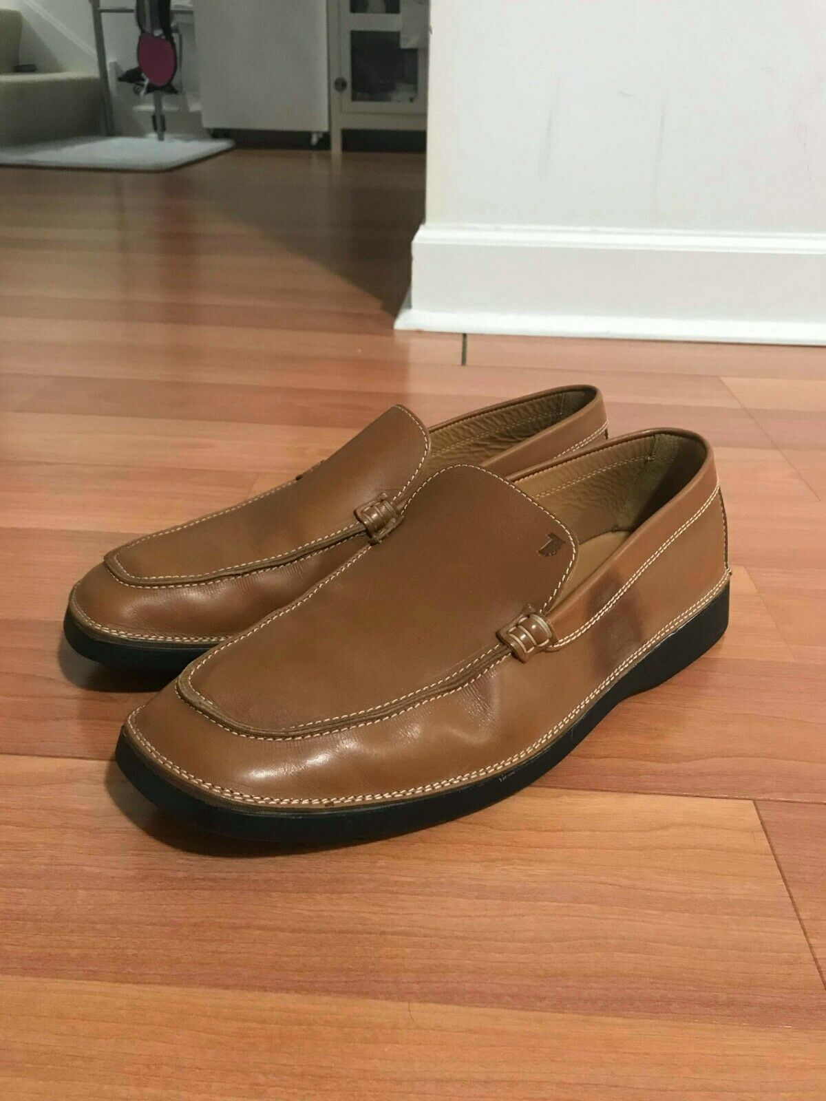 TODS Men Brown Leather Loafer Size 9.5 ITALY shoe tree not included NEW WOT