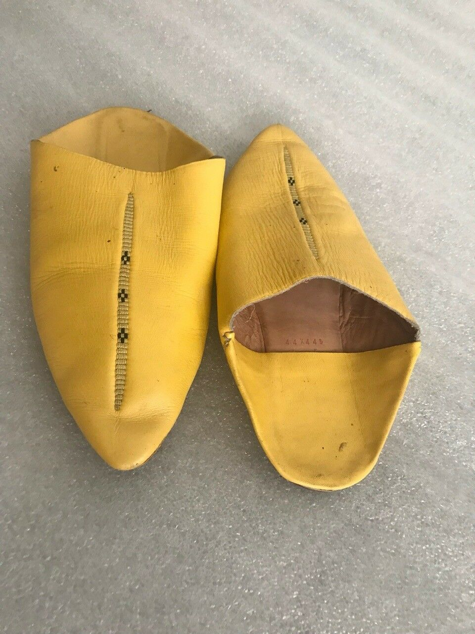 Handmade Original Women Yellow lether shoes without heel narrow toe flip-flops