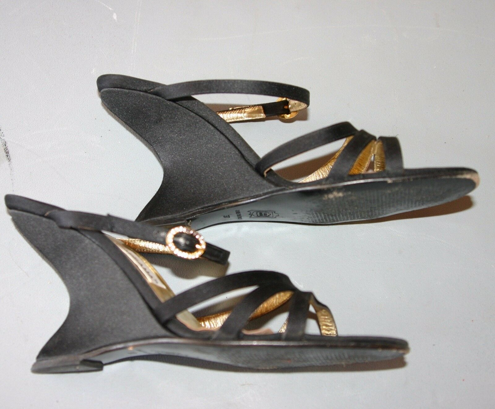 DOLCE EXCL & GABBANA Damenschuhe BLACK WEDGE SANDALS - EXCL DOLCE COND- WORN ONCE-SIZE 37 2724b8