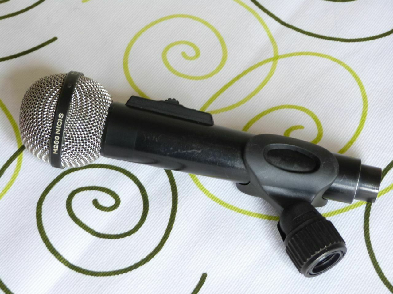 Beyerdynamic M260 Ribbon Microphone                       ( 2)