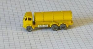 Marchbox 1-serie 75 no 11a-Erf Petrol Tanker (52mm Long)