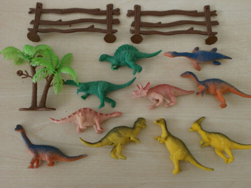 DINOSAURS  **PARTY BAGS**REWARDS**ZOO SETS**PLASTIC ANIMALS
