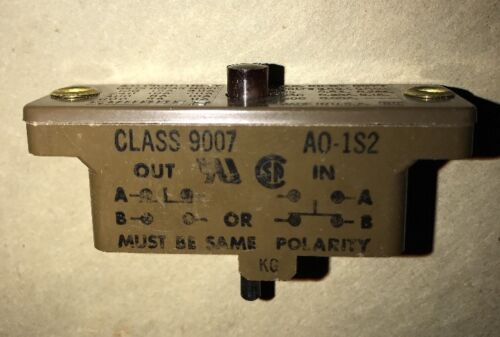 SQUARE D SNAP SWITCHES  CLASS 9007 A0-1  A65011-004-50 Pilot