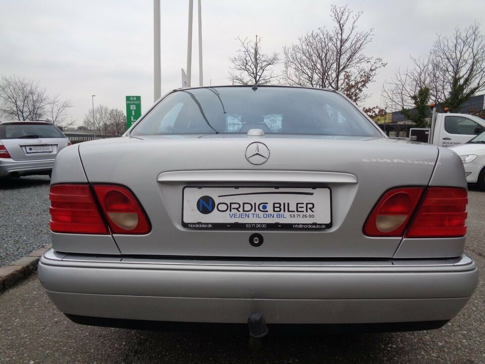 Mercedes E320 3,2 Avantgarde aut. Benzin aut. modelår 1996
