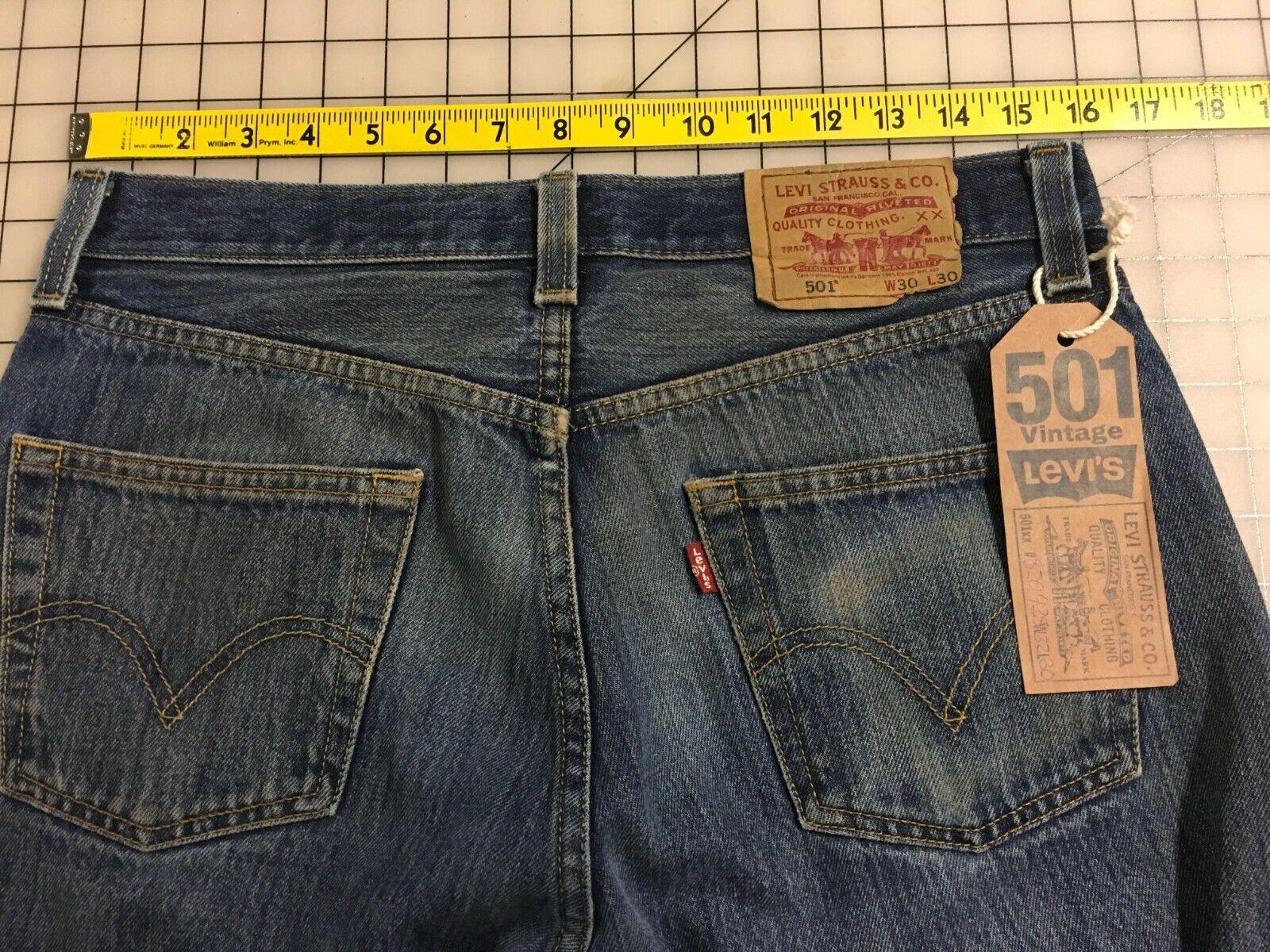 Levi's 501 Jeans Distressed Faded Denim W32 L30 8… - image 3
