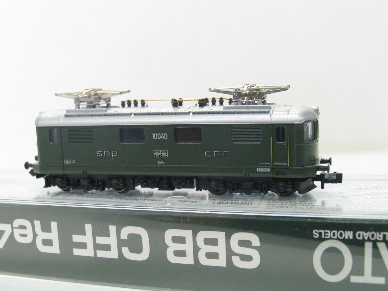 Kato 11601 e-Lok serie re 4 4  10040  de verde SBB nh215