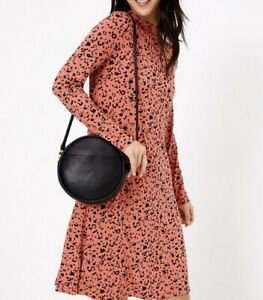 New-M-amp-S-ladies-Jersey-Animal-Print-Swing-Dress-Size-14-With-Stretch-Blogger