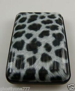 Id-card-holder-case-snow-leopard-print-protect-your-credit-cards-security-wallet