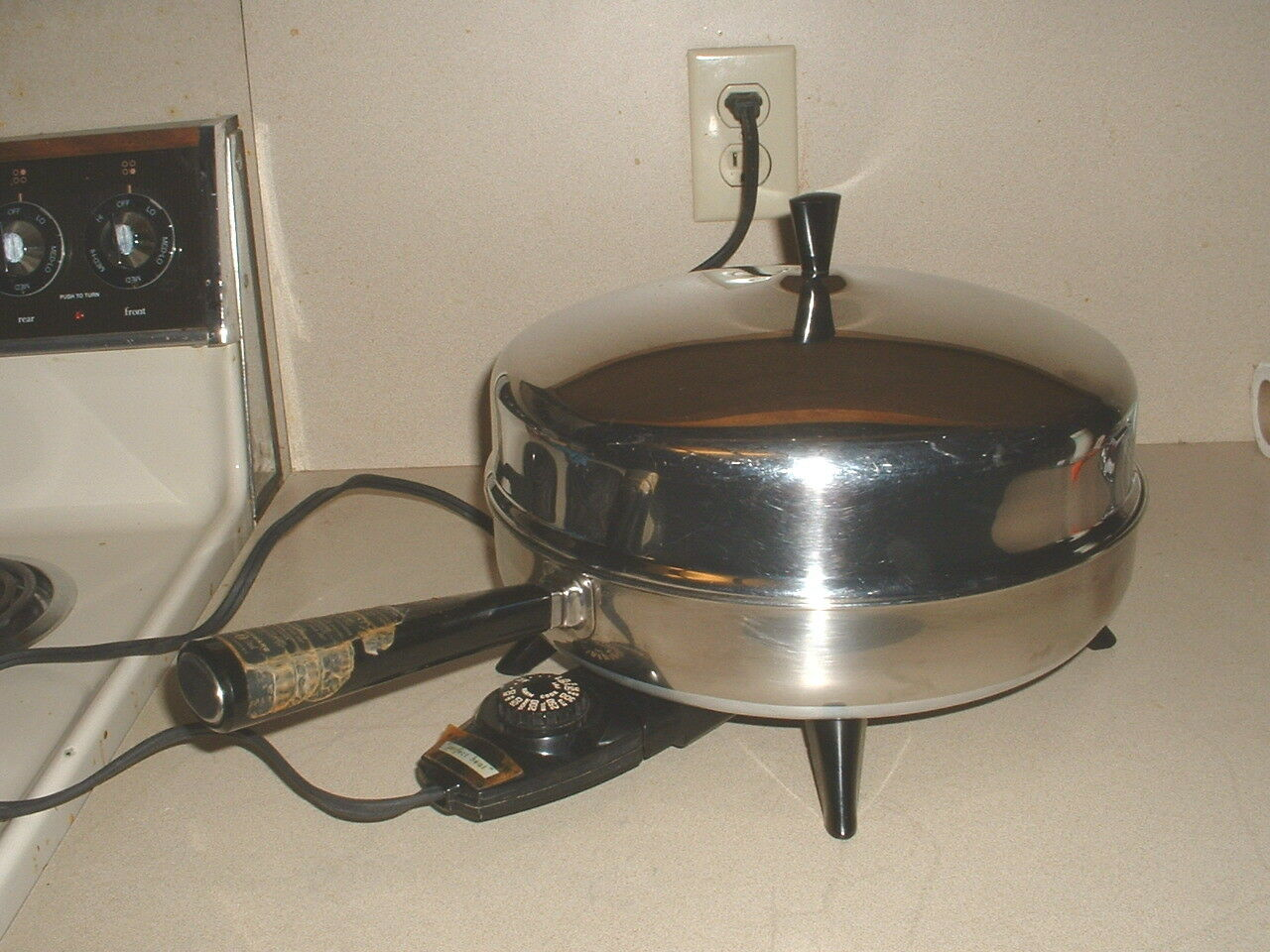 Couleurrware Stainless Electric Fry Pan Skillet w Dome Lid & 3 Piece Steamer Set