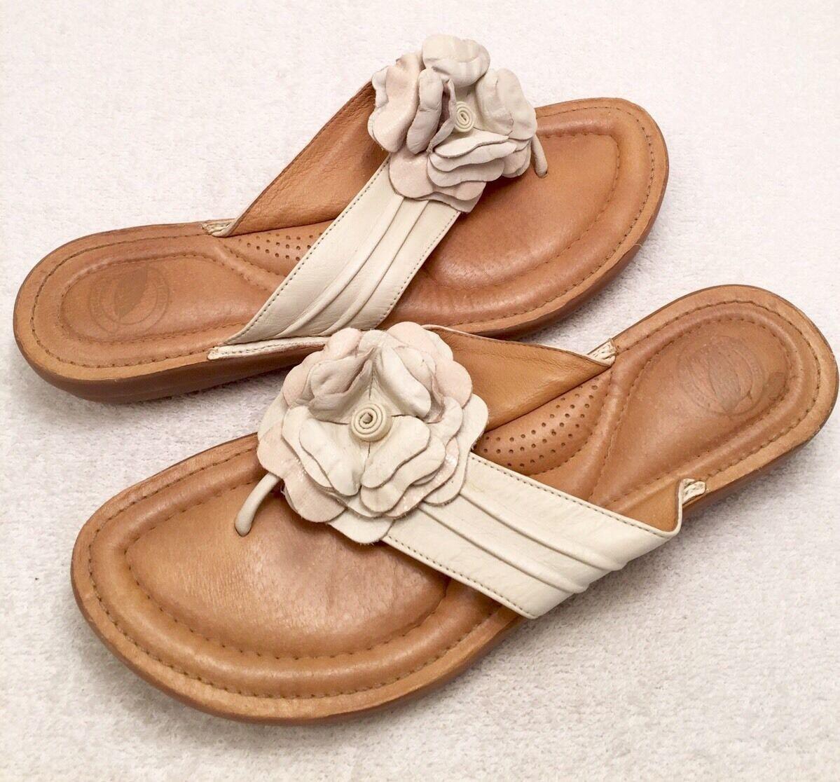 Women's Size Beige 9 M NUTURE Bloom Beige Size Flower Accent Fashion Flip-Flop Sandals eb736f