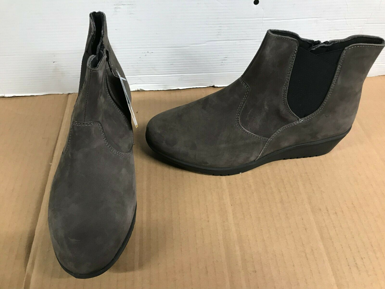Easyb grey nubuck Ankle Boot 78643G zip elastic wedge uk 9 eur 42 tornado