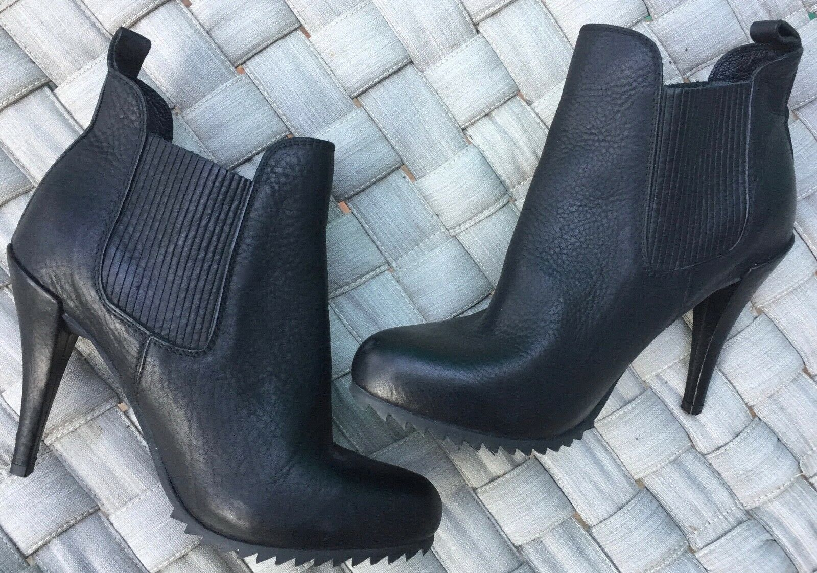 595 PEDRO GARCIA Justine Ankle Boots US 10.5 Chelsea black leather