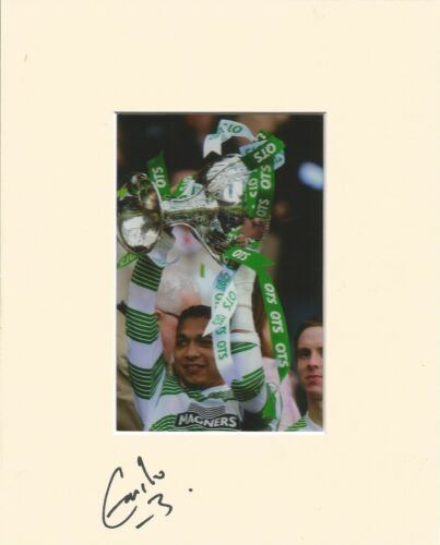 A 10 x 8 inch mount personally signed by Emilio Izaguirre of Glasgow Celtic. 1